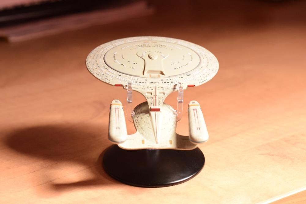 Vaisseaux Star Trek - Enterprise-D - 02