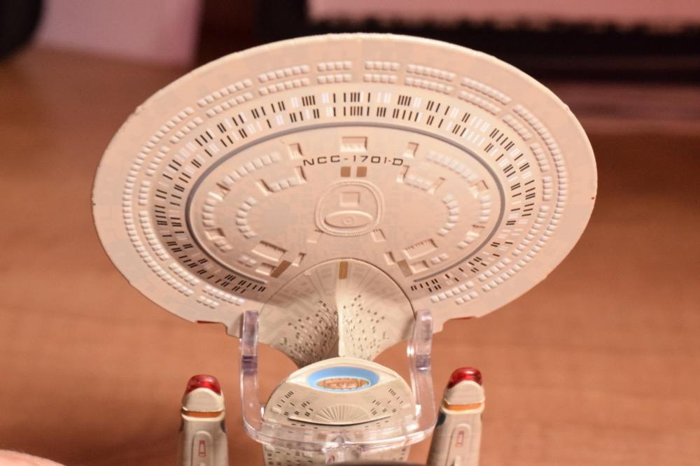 Vaisseaux Star Trek - Enterprise-D - 11