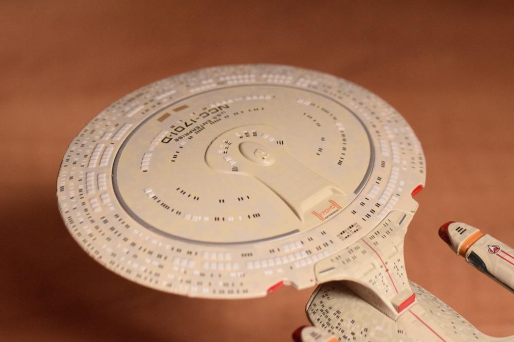 Vaisseaux Star Trek - Enterprise-D - 14