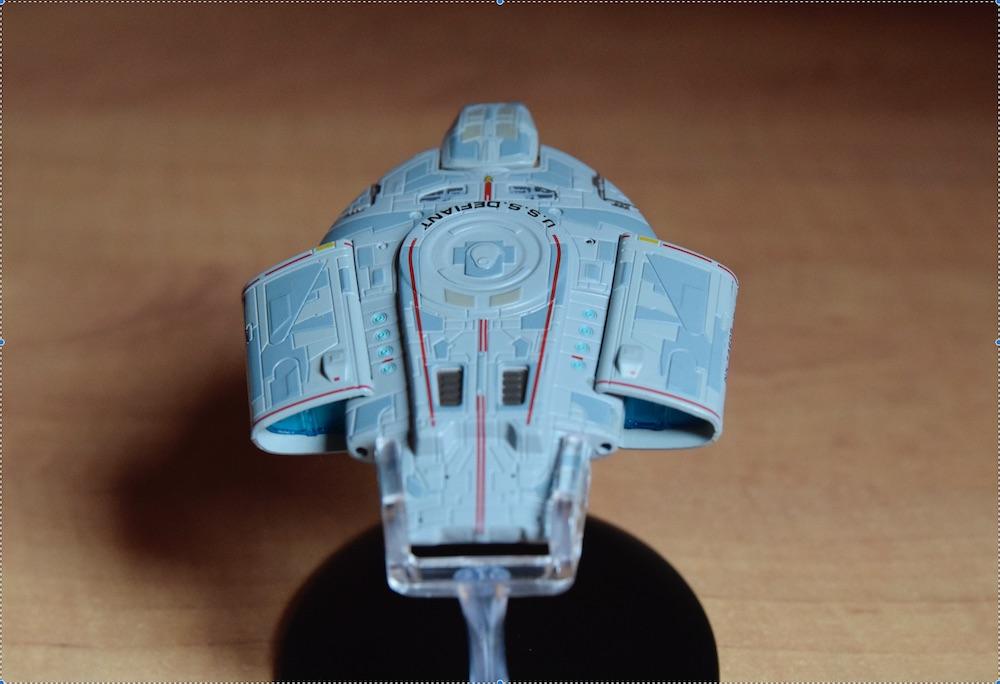 USS Defiant 01
