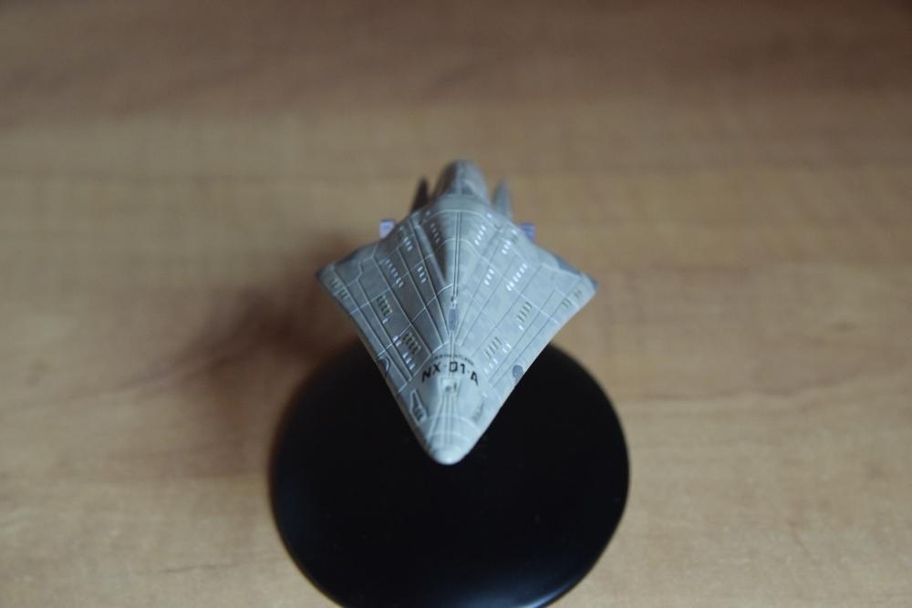 USS Dauntless 01